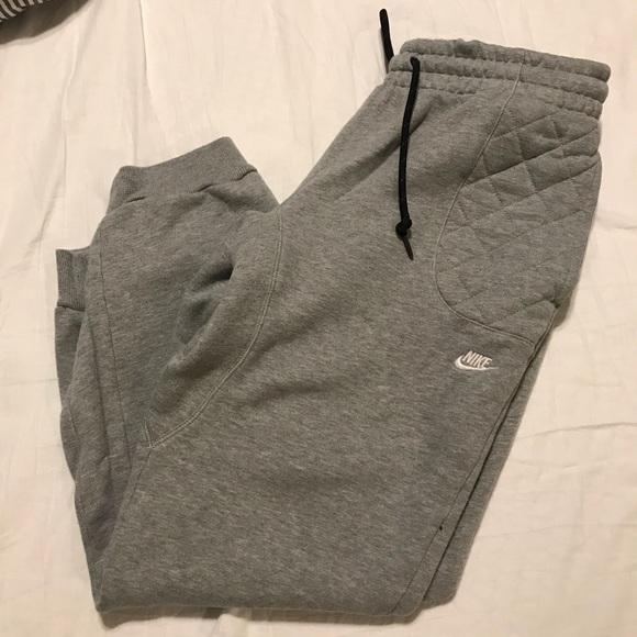 Nike Large Men Sweatpants camo back pocket